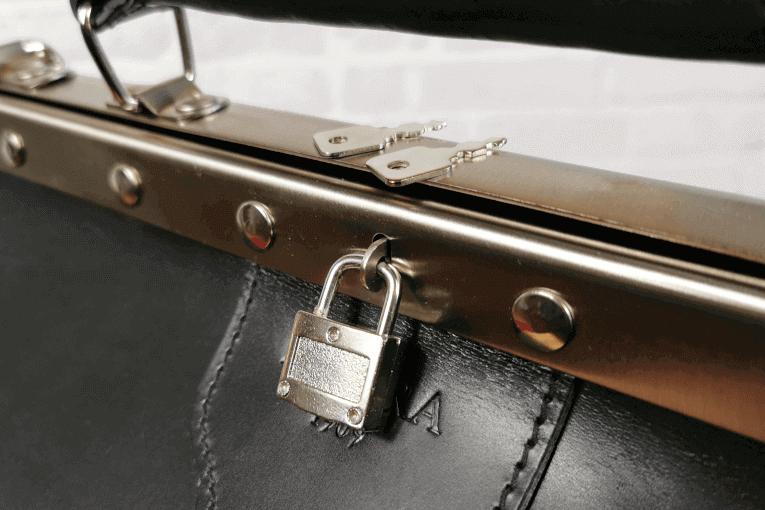 Arzttasche Delara - Vorhängeschloss mit 2 Schlüsseln